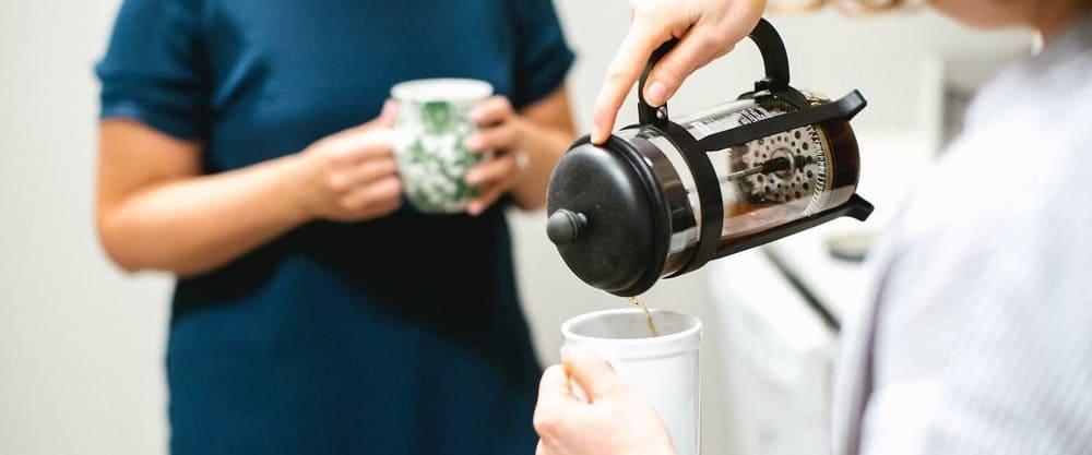 سرو قهوه با فرنچ پرس